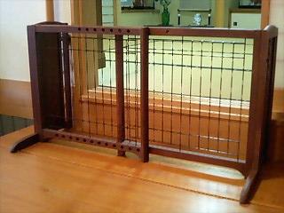 木製おくだけゲートは便利だよ!